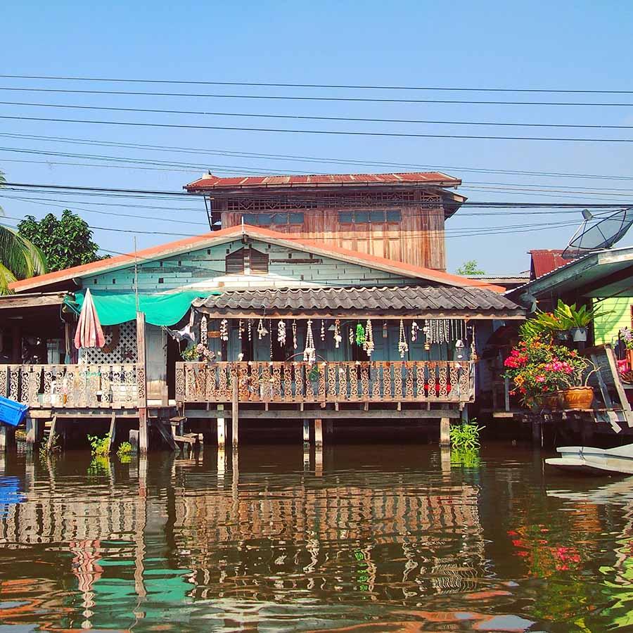 bangkok khlongs maisons pilotis