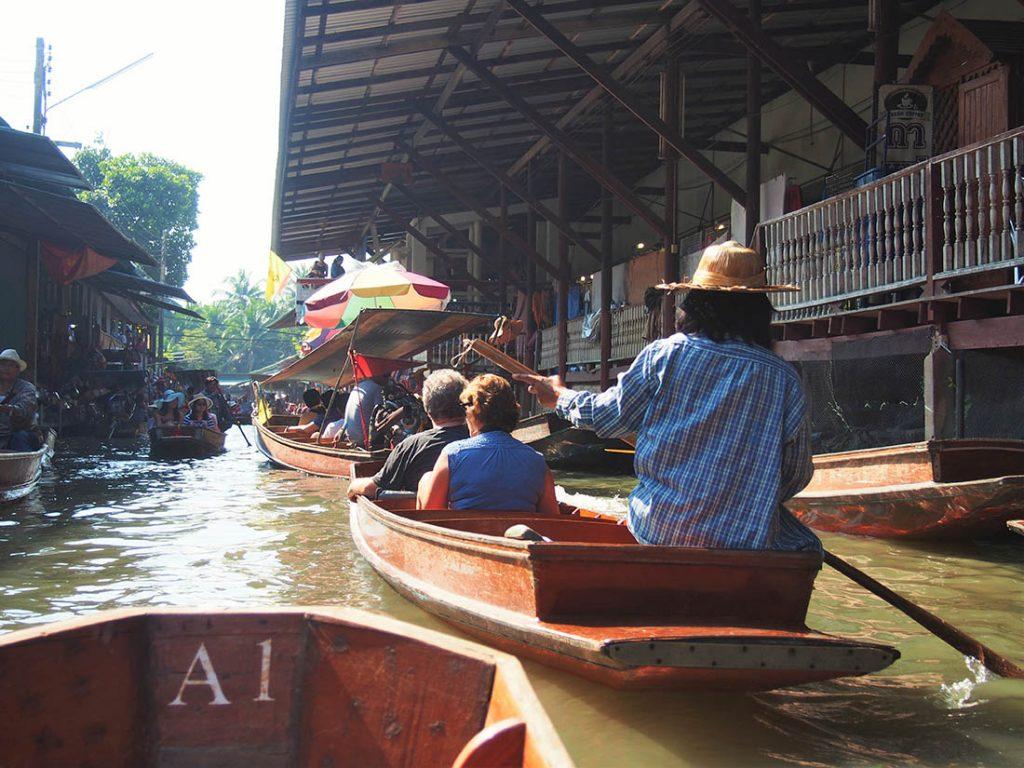 bangkok marche flottant barque