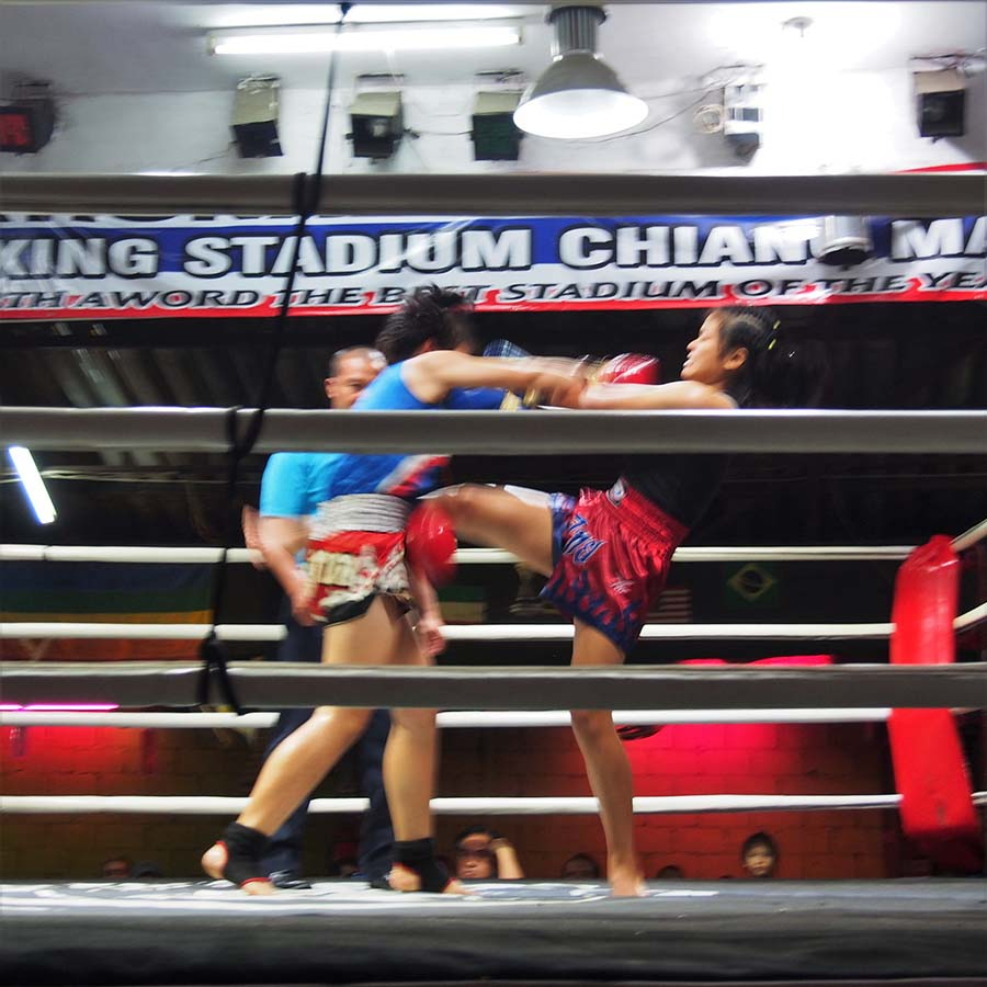 thailande chiang mai muay thaithapae boxing stadium