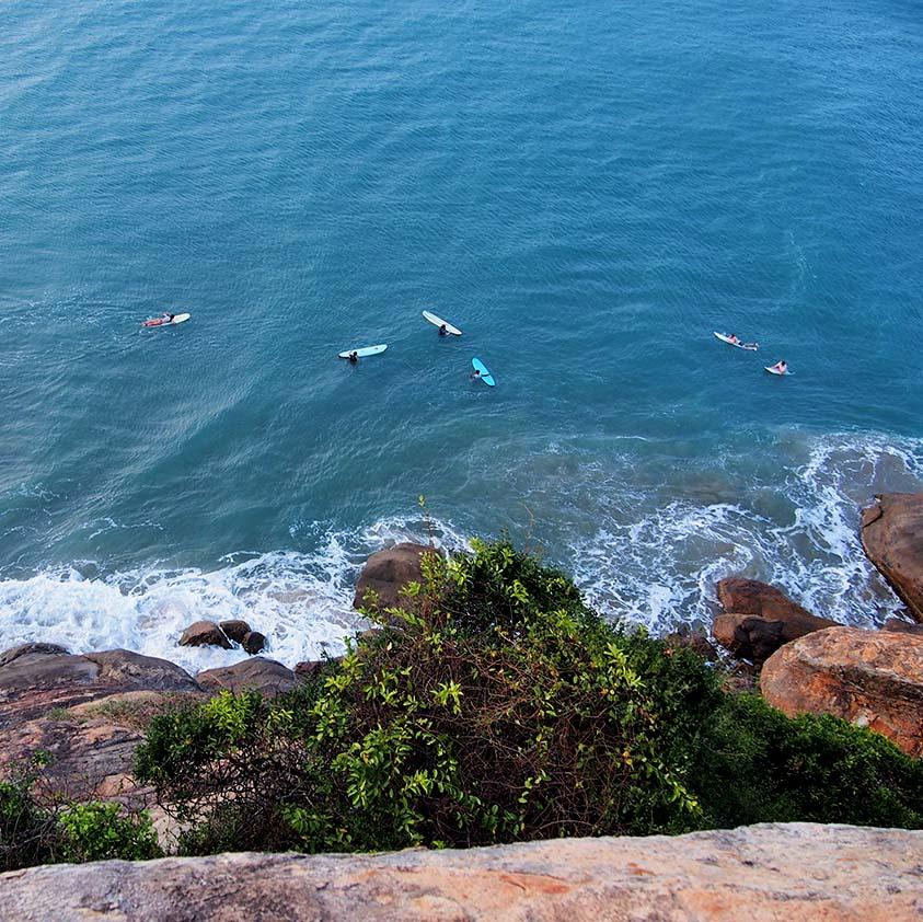 Spot, surf, Elephant Rock, Arugambay, Sri Lanka