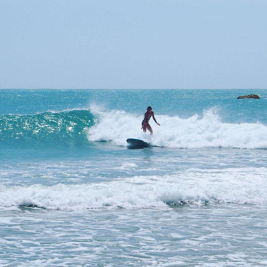 Cours de surf, Arugambay, Sri Lanka